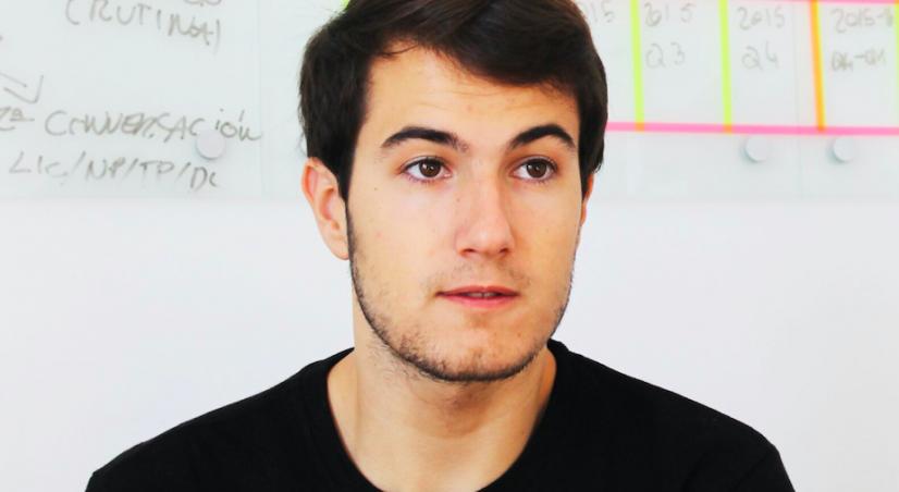 Deze 22-jarige haalde 25 miljoen dollar op in 15 minuten en bouwt nu de organisaties van de toekomst