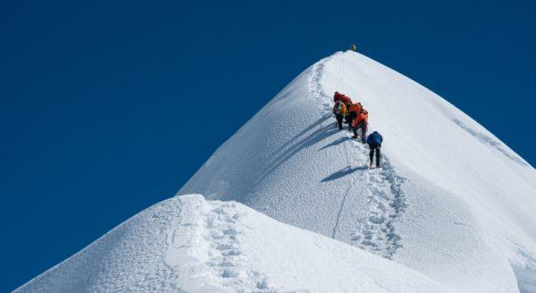"""""""GDPR-implementatie is wanneer het beklimmen van het Mount Everest. Je dienen dat boven etappes vastpakken, anders lukt het nooit"""""""